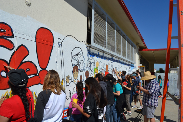 Sweetwater union high school district south bay for Cesar chavez mural